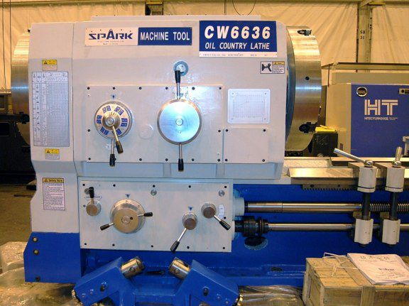 Spark Manual Lathe 315 RPM Oil Country 1000 x 3000