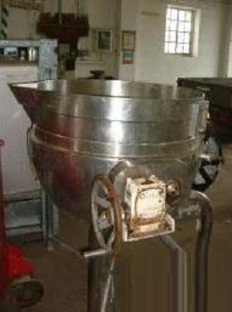 T. Giusti & Sons Stainless Steel Jacketed Hemispherical Mixing Pan