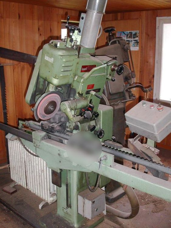 Iseli AS spezial, Saw sharpening machine