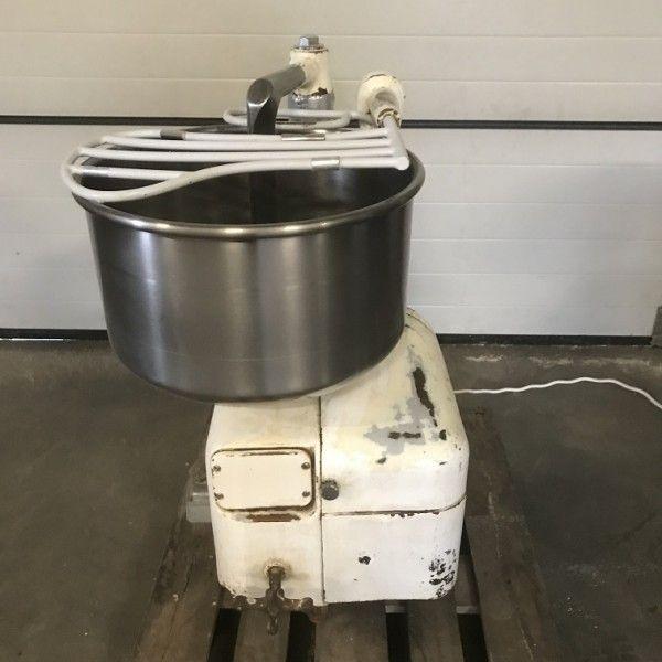 Diosna S35 2G lifting mixer