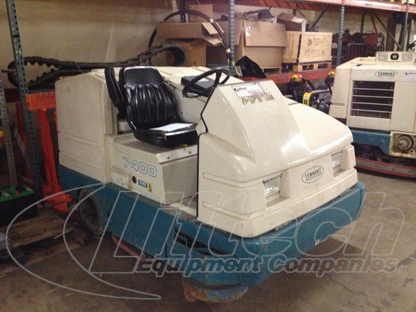 Tennant 7400  SCRUBBERS/SWEEPERS