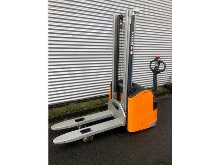 Still EGV 16 initial stroke 1600 kg