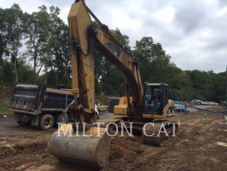 Caterpillar 325D Excavator