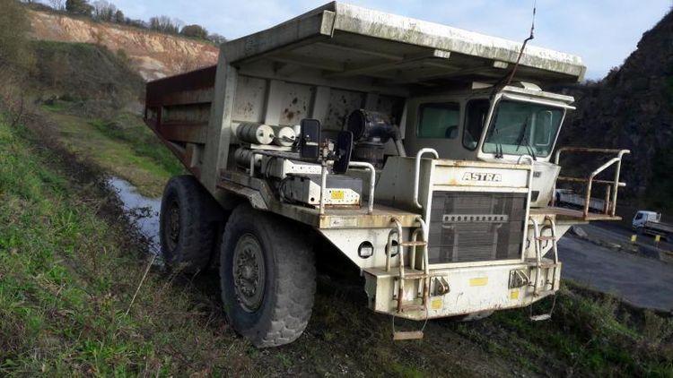 Others RD40 Dump Trucks