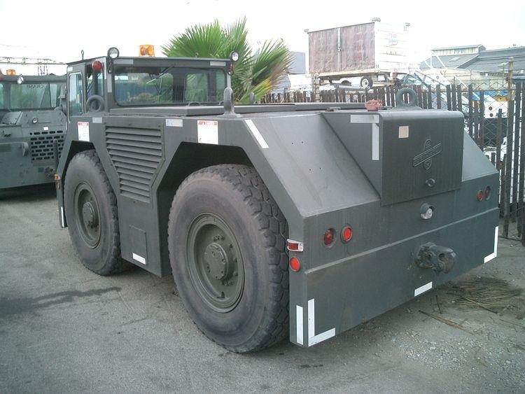 Stewart & Stevenson MB2, Pushback Tractor
