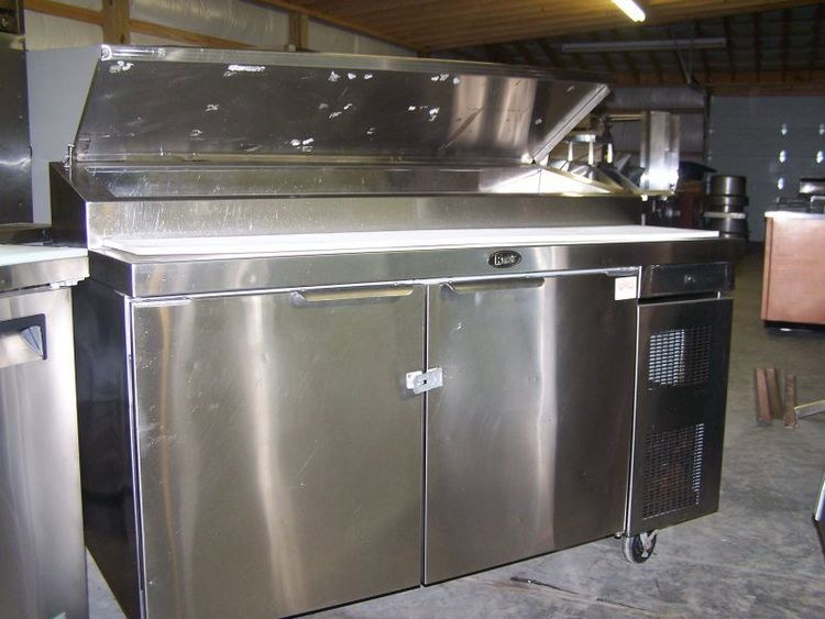 Randell 62-Inch Double-Door Pizza Prep Unit