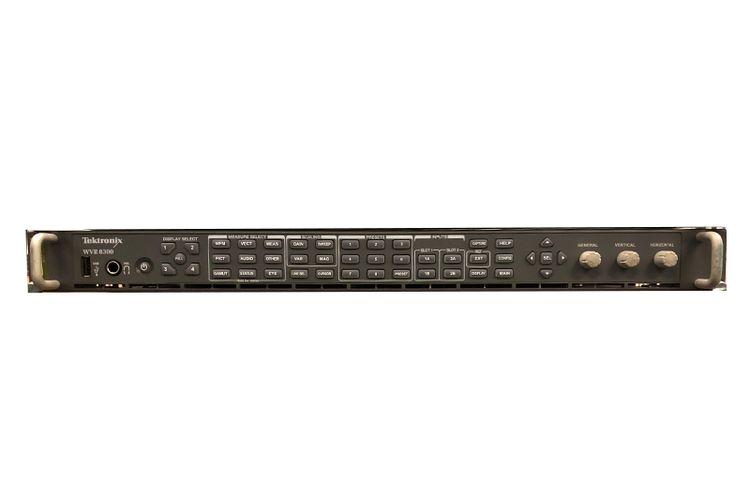 Tektronix WVR8300 Waveform Monitor w/WVR8RFP Remote Front Panel