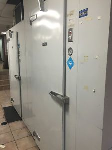 walk-in-freezer