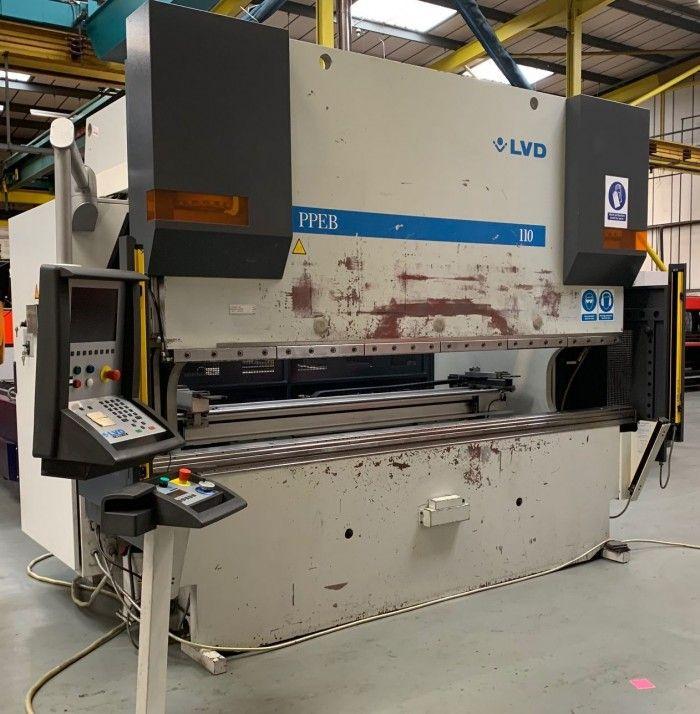 LVD PPEB-8 CAD-CNC 110/30 110 Ton