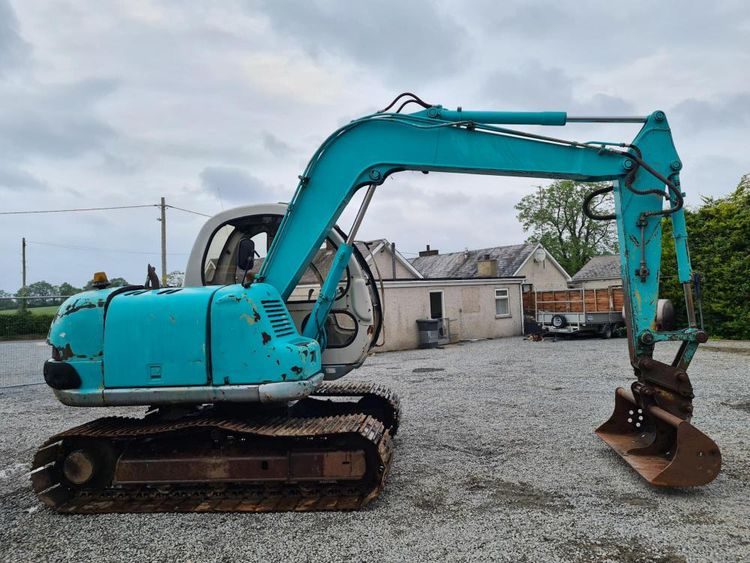 Kobelco SK60 Excavator