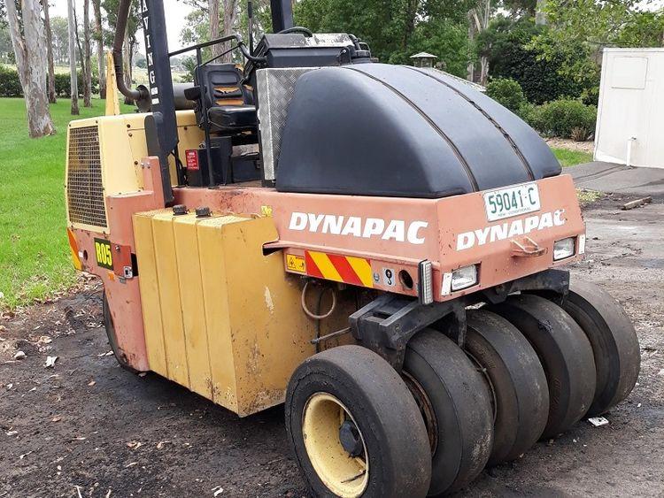 Dynapac CP142 roller