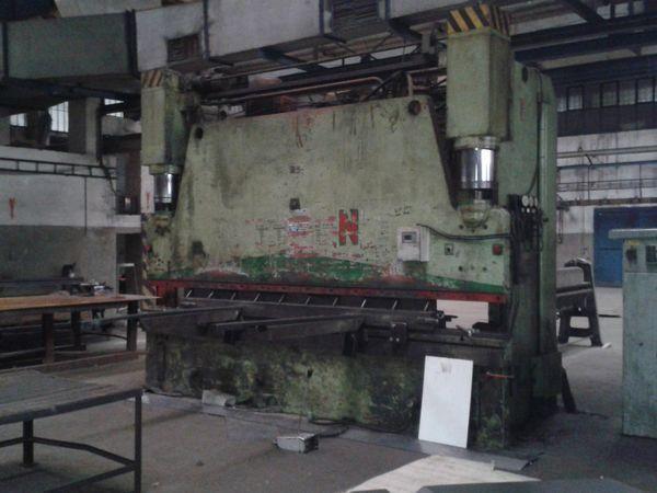 Strojarne Piesok CTO 250/4000 250 Ton