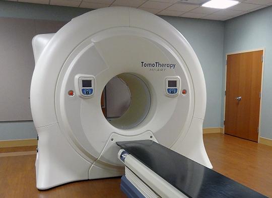 Accuray TomoTherapy x Linear Accelerator