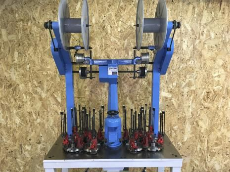10  8/2-115 Braiding machines
