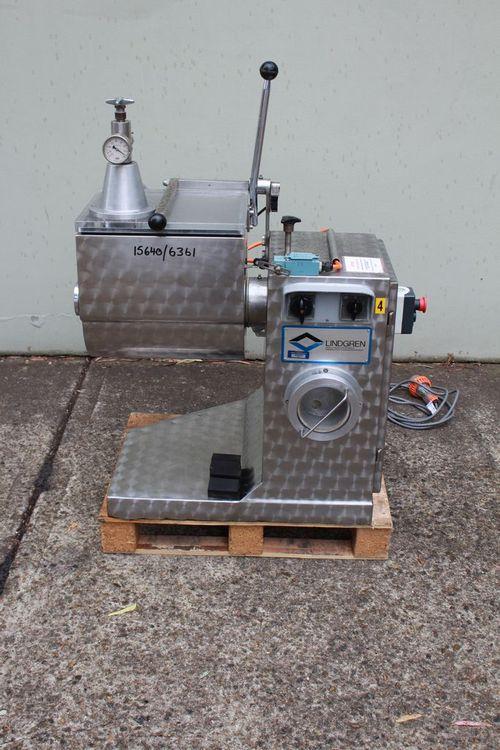 Lindgren Vacuum Paddle Mixer