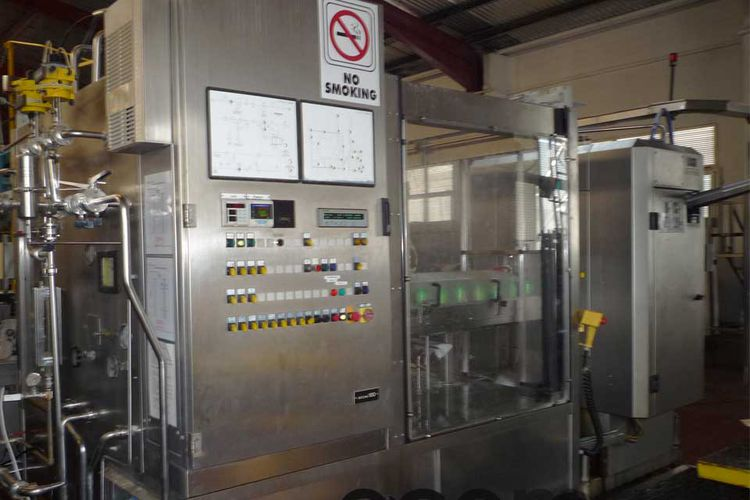 Ferrum, Krones VC 024-156, F304G can filler with seamer