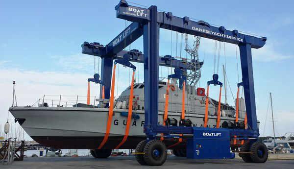Boat Lift 220 Ton