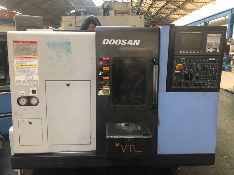 Doosan CNC (FANUC 0ITC) 4500 rpm LYNX 220C 2 Axis