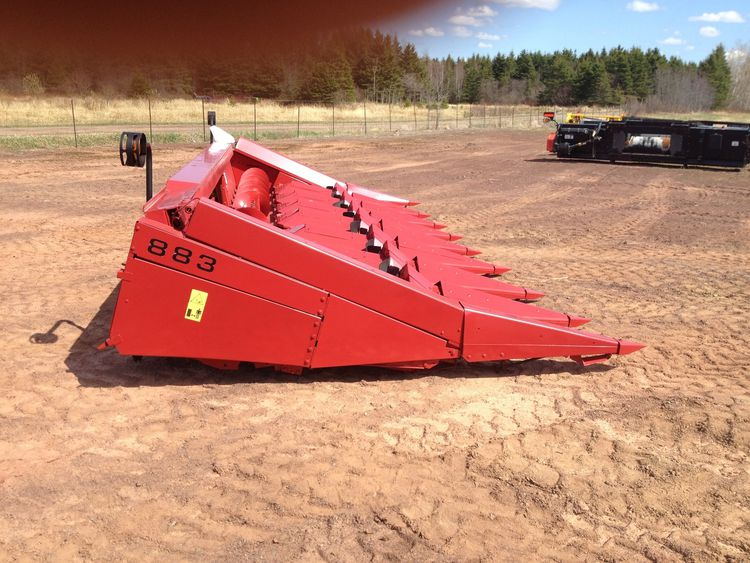 Massey Ferguson MF883 Combine Platforms