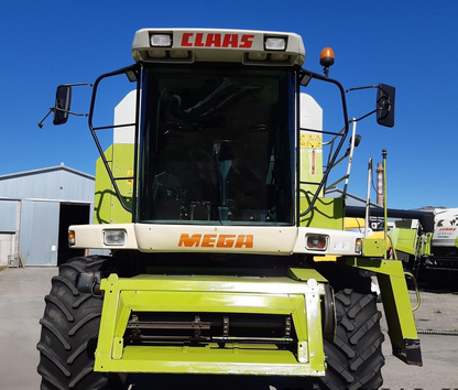 Claas Mega 208 Combine