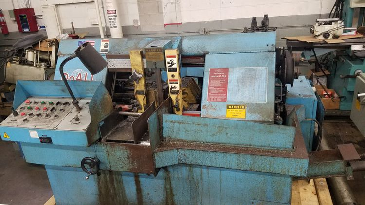 DoAll C-305 A Horizontal Bandsaw Machine Automatic