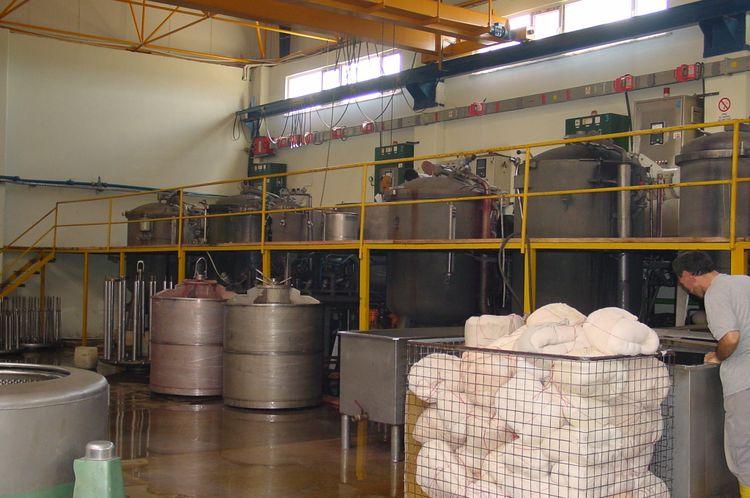 2 Thies Bobbins dyeing machine