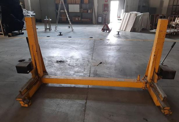 Officine Bearing trolley