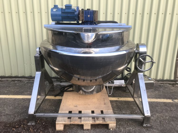 NNP 500L Electrically heated mixing vessel