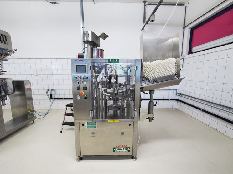 Other tube filling machine 800 and the technical Drawing