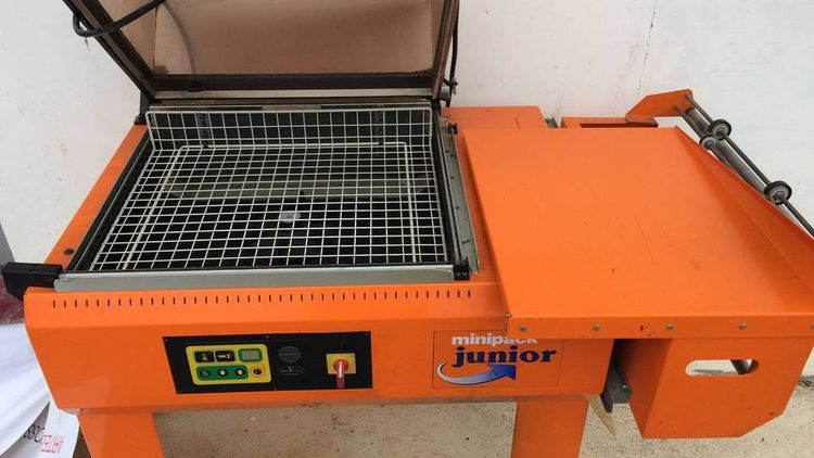 Minipack JUNIOR, Semi-automatic Shrink wrapping