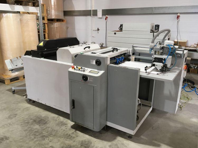Komfi Fullmatic B2 UV varnishing machine