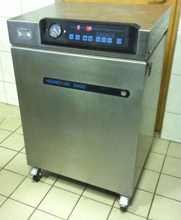Henkovac H-2000 vacuum packaging machine
