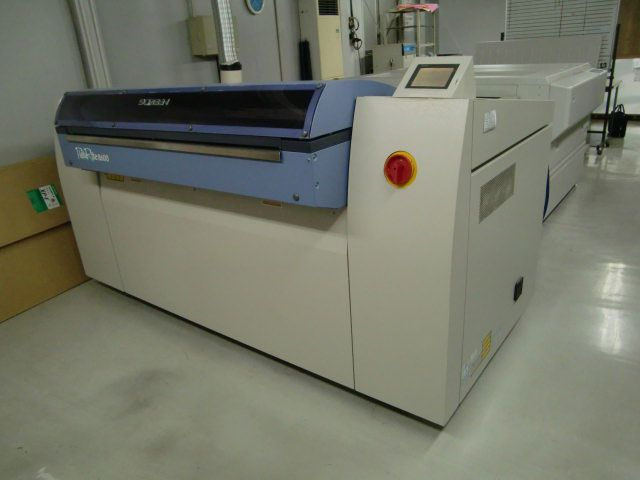 Screen PT- R 8600