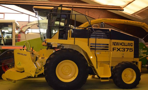 New Holland FX 375 Forage harvesters