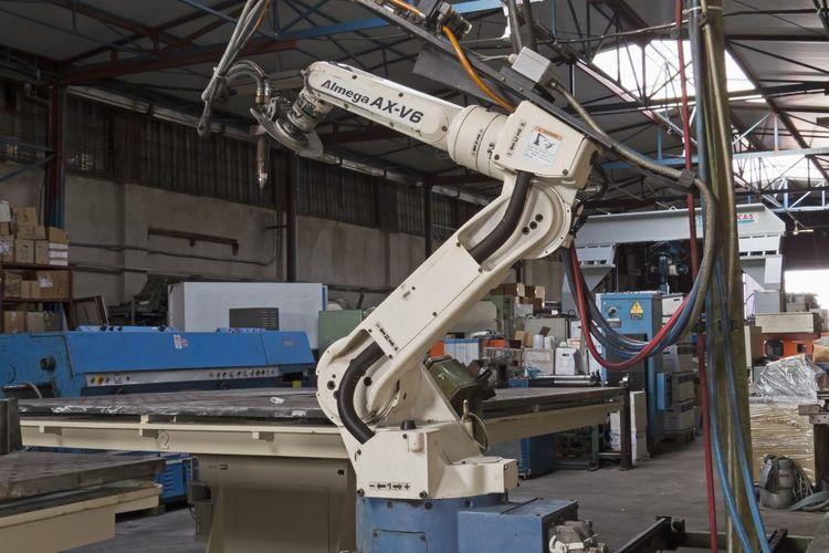 Daihen, OTC ALMEGA AX-V6 bevelling robot 6 Axis 6 kg
