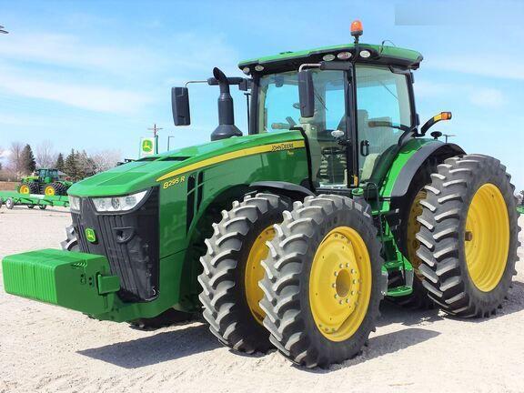 John Deere 8295R Tractor