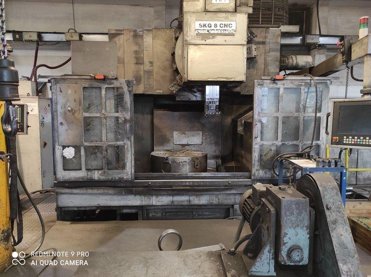 TOS SKQ 8 CNC