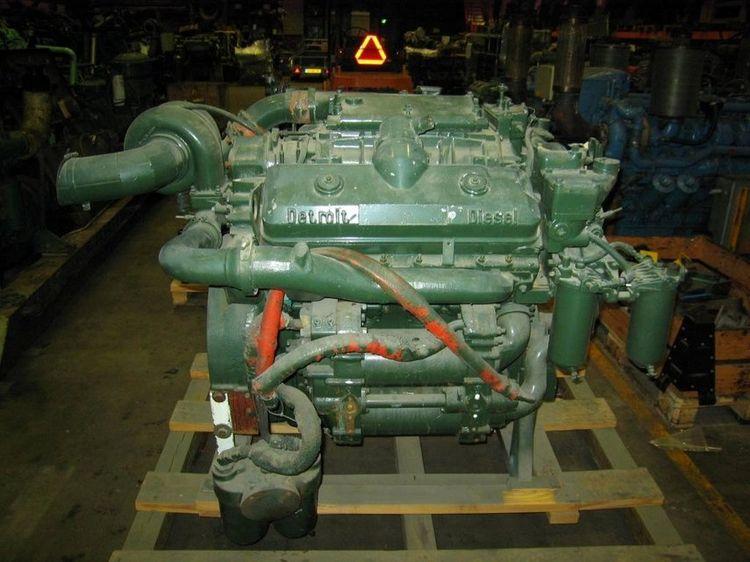 Detroit DIESEL 8V-71T 300 HP
