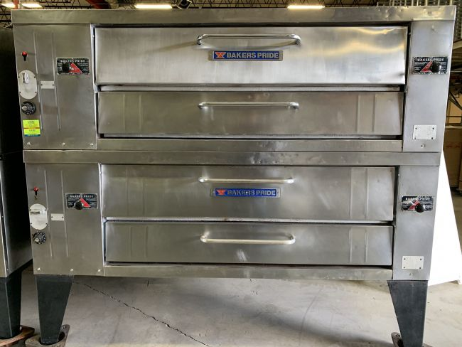 Baker's Pride Y-602 Double Deck Gas Pizza Oven