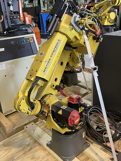 Fanuc M20iA ROBOT WITH R30iA CONTROLLER 6 Axis 20.00kg