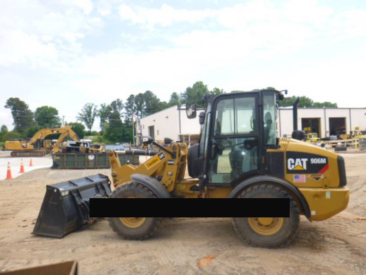 Caterpillar 906M Wheel Loader