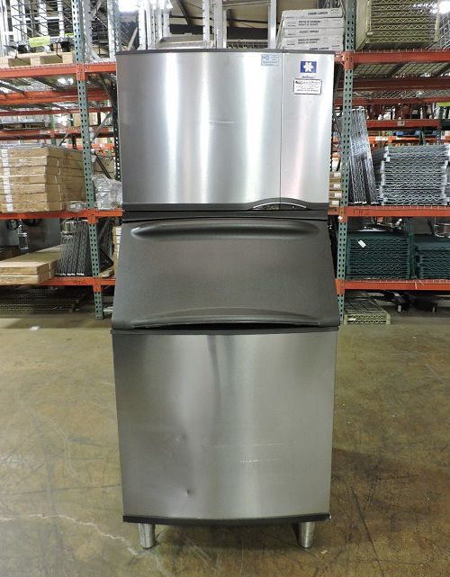 Manitowoc SY0405A & B570, Air Cooled 1/2 Cube Ice Machine & Storage Bin