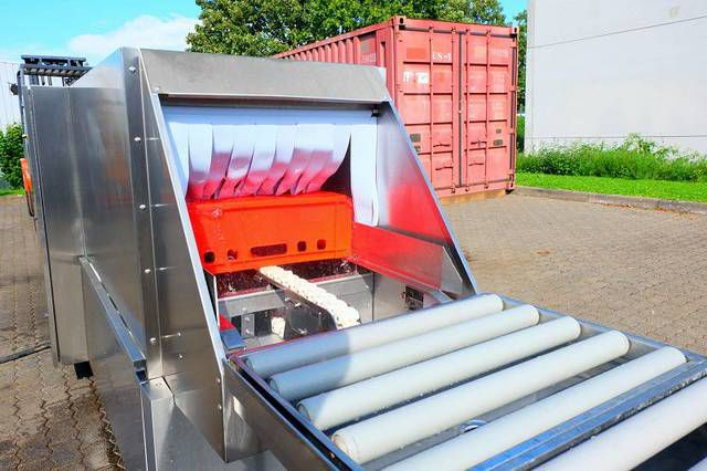 Hobart Container Washer
