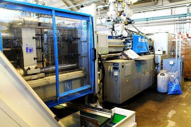 BMB Injector press 200 T