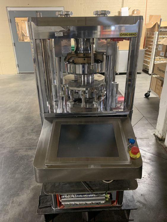 SMI Piccola Bilayer 14 station Tablet Press