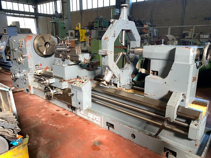 Giana Engine Lathe 600 rpm 650 x 3000