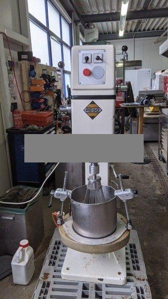 Rego mixer