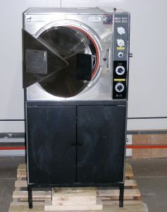 Pelton & Crane Magnaclave, MC Bench-model or Floor-model Autoclave Sterilizer