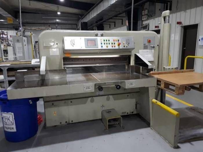 Polar 115CE, Paper guillotines machine