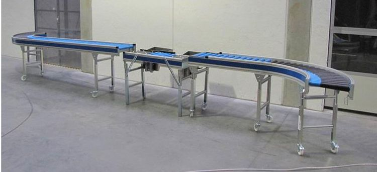 Roller Conveyor with Packing Table